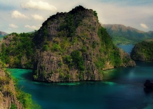 Coron Taking A Plunge to Nature's Beauty
